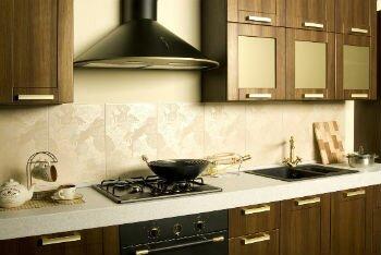 Так выглядит вытяжка крона на кухне