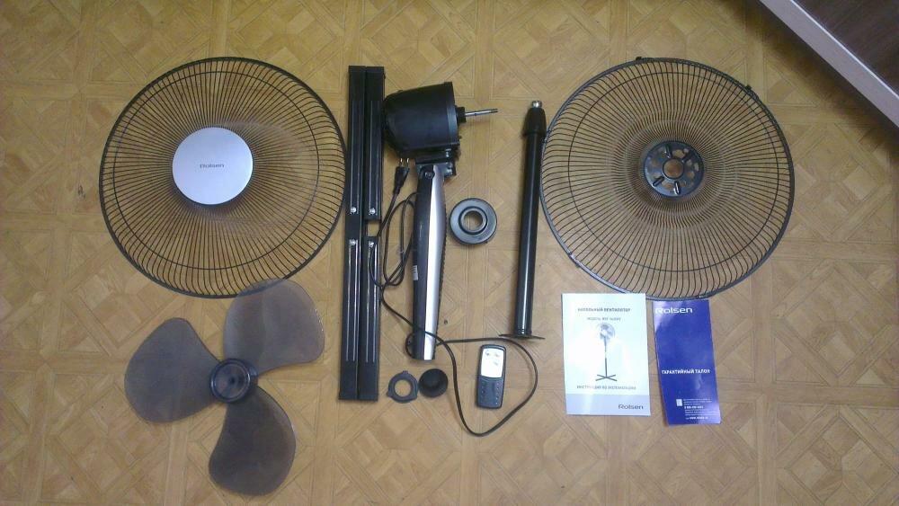Разобранный бытовой напольный вентилятор