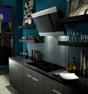 Современная кухонная вытяжка с угольным фильтром