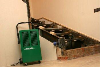 Осушитель воздуха, который применяют в погребе